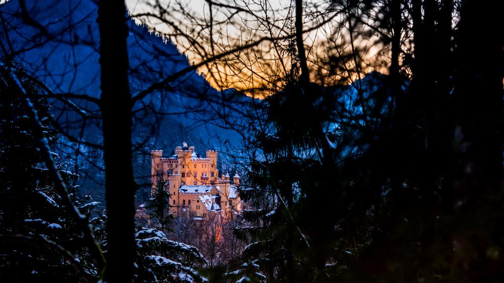 zamek-w-niemczech-neuschwanstein-24