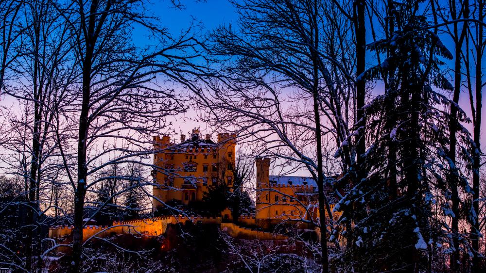 zamek-w-niemczech-neuschwanstein-25