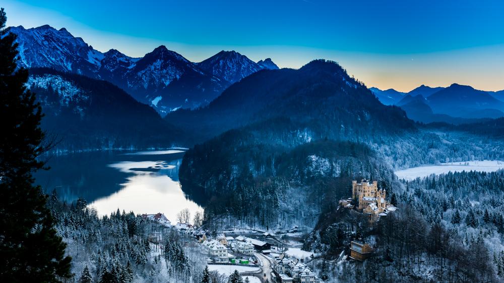 zamek-w-niemczech-neuschwanstein-8