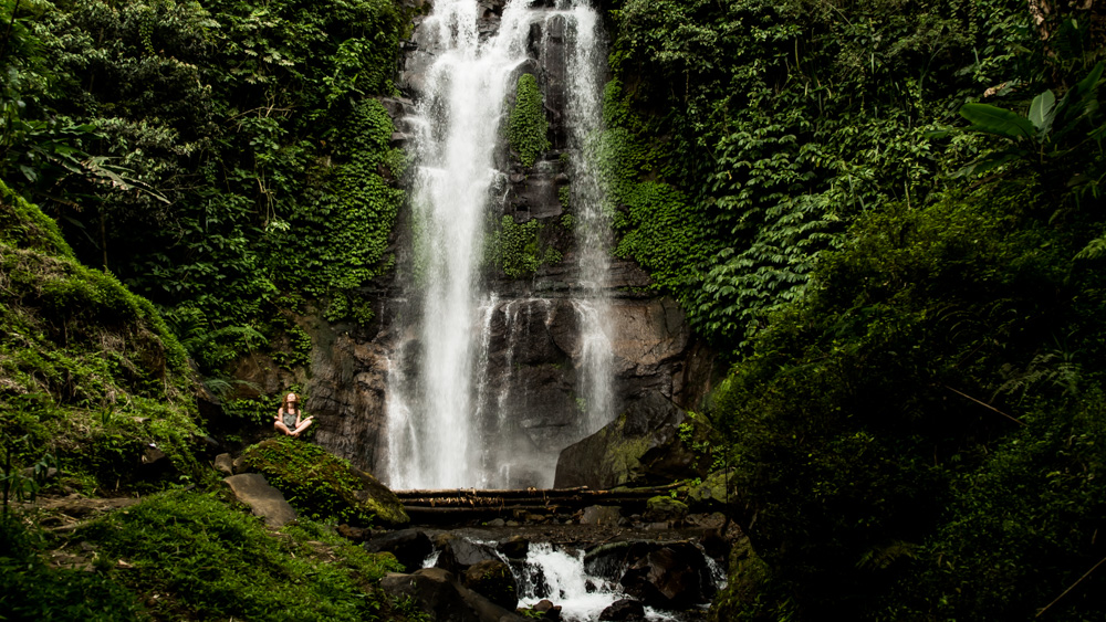 Wodospady w Munduk-2
