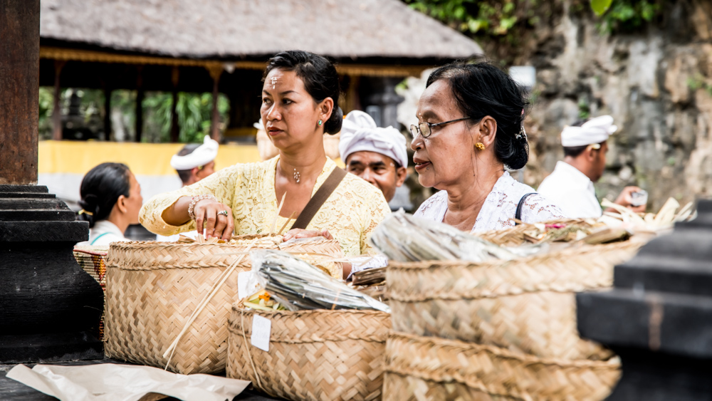 Najpiekniejsze swiatynie Bali Pura Goa Lawah-11