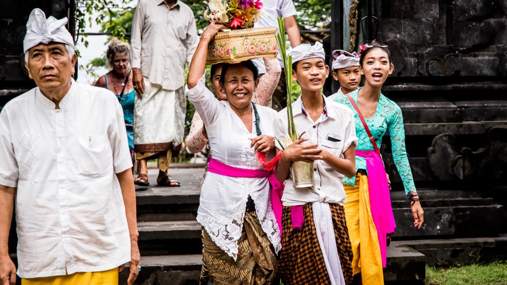 Najpiekniejsze swiatynie Bali Pura Goa Lawah-3