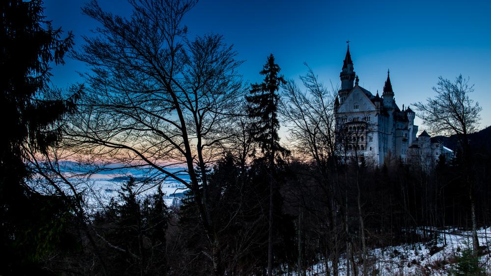 zamek-w-niemczech-neuschwanstein-11