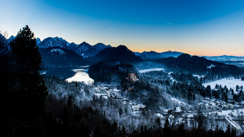 zamek-w-niemczech-neuschwanstein-9