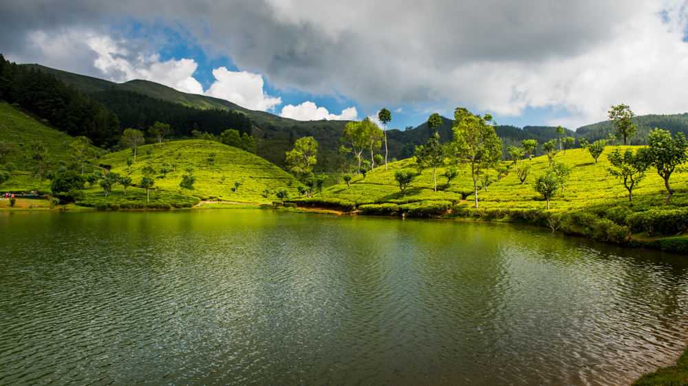 Sri Lanka Sembuwatte Lake-17