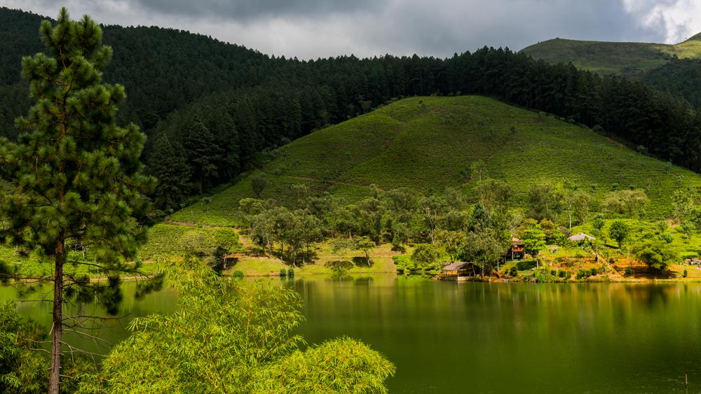 Sri Lanka Sembuwatte Lake-19