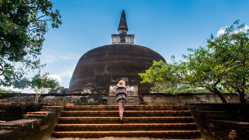 Sri lanka Polonnaruwa-16