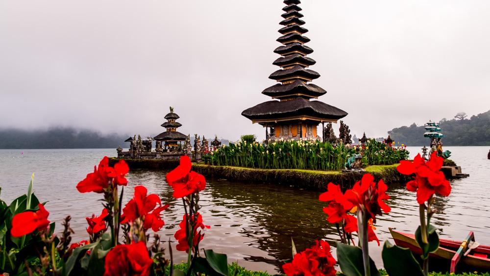 Swiatynia -Pura Ulun Danu Buyan-7