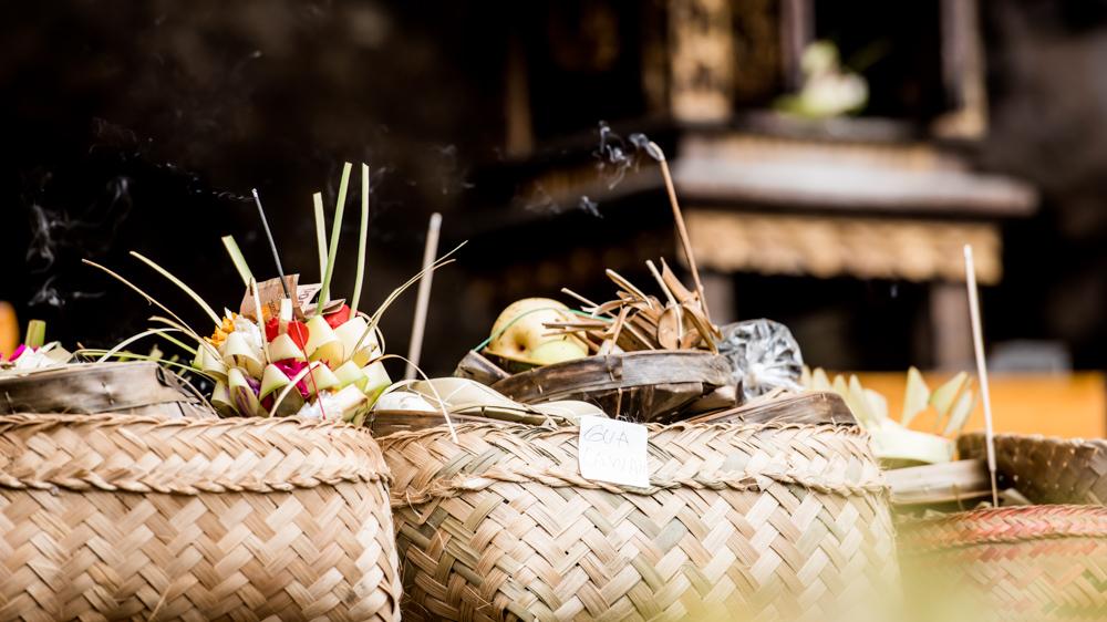 Najpiekniejsze swiatynie Bali Pura Goa Lawah-18
