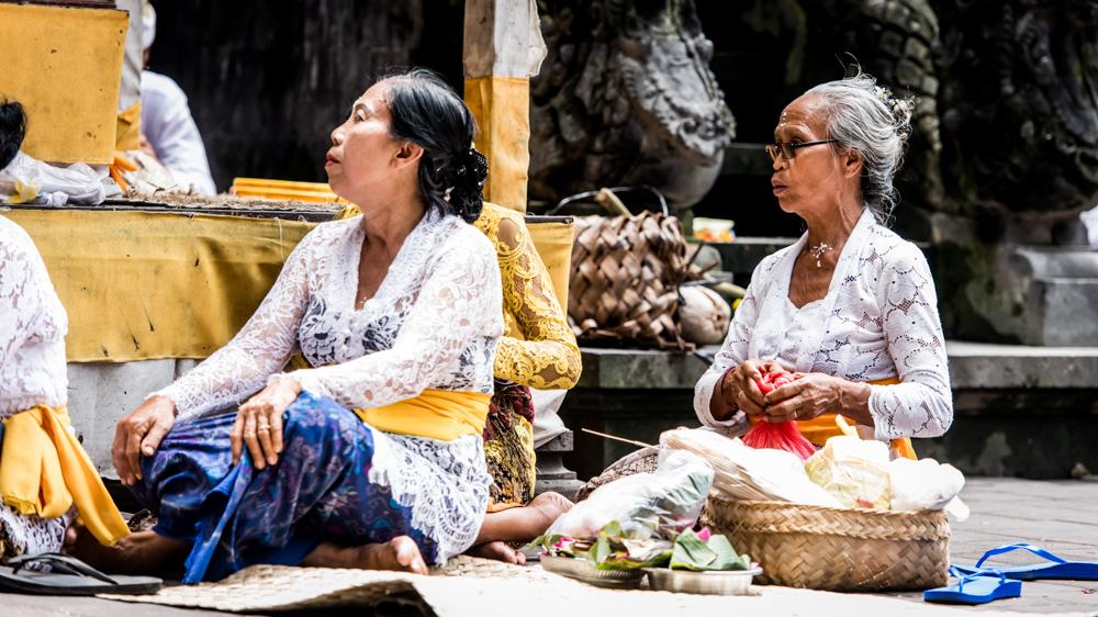Najpiekniejsze swiatynie Bali Pura Goa Lawah-22