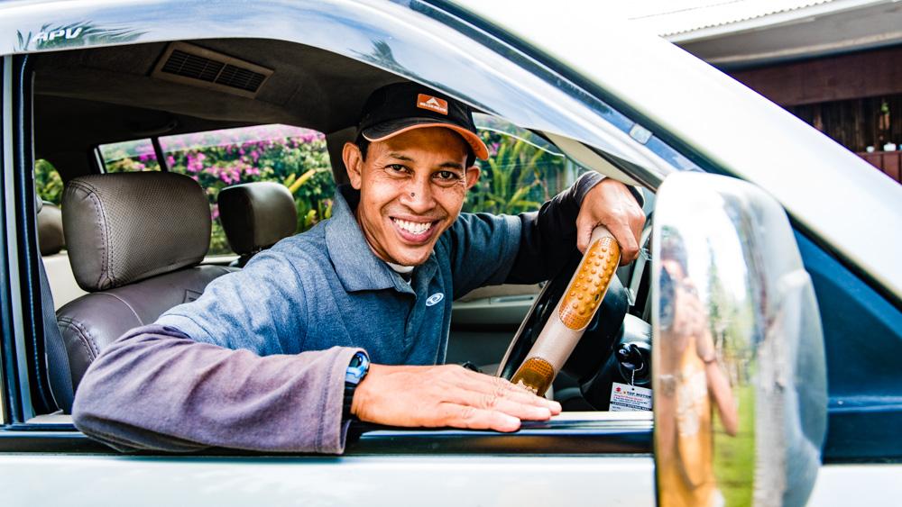 Zaufany kierowca na Bali-2