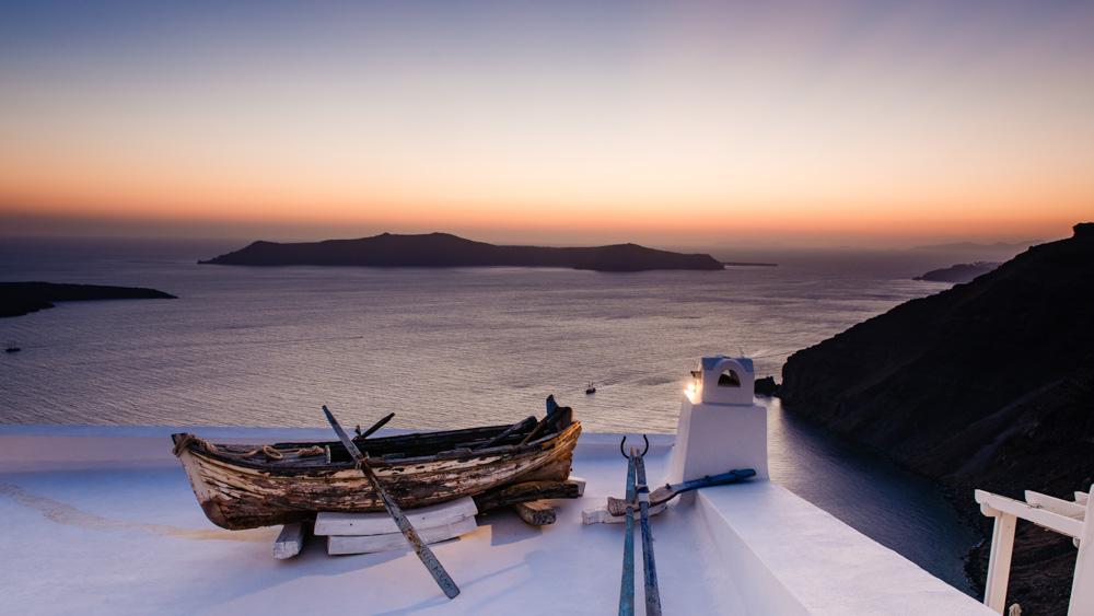 Lodka na Santorini